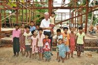 Die relexa hotels bauen mit der Reiner Meutsch Stiftung eine Schule in Myanmar