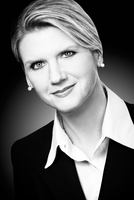 Diplompsychologin Dr. Silke Datzer spricht auf JAKO-O Familien-Kongress 2013