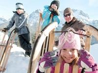Mit Kind und Kegel: Sanfter Winter-Urlaub in der Zugspitz-Region