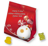 Fruchtsaftbärchen und andere Fruchtgummis im weihnachtlichen Gewand