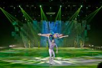 Glamouröser Tourstart: Standing Ovations für neue HOLIDAY ON ICE-Show PLATINUM