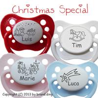 Schnuller mit Weihnachtsmotiven und Baby-Namen bei mein-schnulli.de