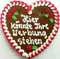 Lebkuchenherzen aus München als Werbelebkuchen mit Herz
