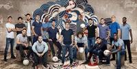 Pepsi punktet mit internationalem Team der Fußball-Stars