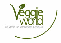 Der vegane Starkoch Jerome Eckmeier will Messebesucher auf der VeggieWorld, der größten Messe für Vegetarier und Veganer begeistern