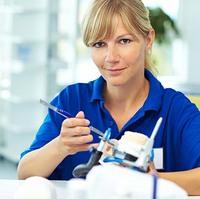Textilien in Manufakturqualität für Handel, Handwerk, Industrie und Medizin.