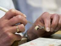 Zahnstolz.de: Preiswerter Zahnersatz Made in Germany