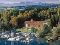 """Yachthotel in Prien am Chiemsee siegt beim """"Grand Prix der Tagungshotellerie"""""""