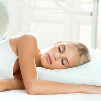 Dr. Jung Zahnklinik: Zahnbehandlungen im Schlaf