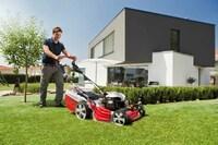 Orthopäde Ulrich Nieper gibt Ratschläge zum rückenschonenden Arbeiten im Garten!