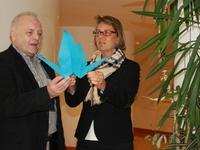 """1000 weiße Origami-Kraniche """"landen"""" in Dortmund"""