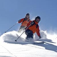 Skiurlaub: So überlebt das Smartphone auf der Piste