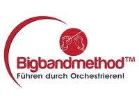 Führen durch Orchestrieren: Sandra Weckert präsentiert ihre Bigbandmethod einem fachkundigen Publikum aus der Weiterbildungsbranche