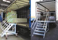 Unfälle beim Be- oder Entladen von Fahrzeugen dank fahrbarer Treppen vermeiden