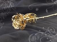 Bleibende Liebe: Goldene Rose zum Muttertag