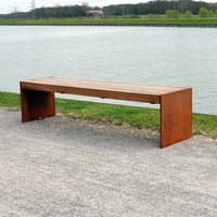 Sitzbänke aus Cortenstahl als Innovation für urbanes Design