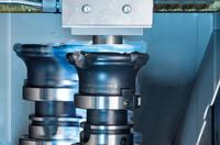 Herzog Maschinenfabrik: Fräsen und Entgraten in einem Arbeitsschritt