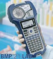 Laborbedarf: Tragbarer Etikettendrucker BMP21-LAB für die Laborkennzeichnung