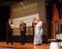 MIND AWARD an Dr. Ruediger Dahlke   Ehrung mit dem Sonderpreis für Bildung und Forschung