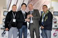 "Ultrasone verleiht ""Distributor Of The Year""-Award an ECT Eichi Technology für den Vertrieb in China und Hongkong"