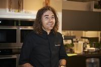 Starkoch Shannon Bennett verwandelt altes Herrenhaus in Australiens erstes Sechs-Sterne-Gastrozentrum