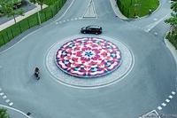 Die Kunst der Entwässerung: Gutjahr-Drainage schützt riesiges Mandala vor Novartis-Werk