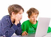 """""""Digitale Volljährigkeit"""" mit zehn Jahren"""