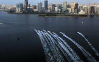 Rasant und spritzig: F1 H2O Grand Prix von Sharjah