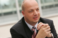 Host Europe Solutions GmbH und Intershop bauen strategische Partnerschaft aus