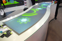 Rundes MultiTouch-Display auf der viscom in Frankfurt