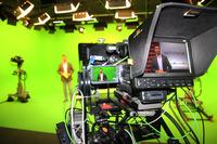 Digital und interaktiv: schuhplus - Schuhe in Übergrößen - launcht TV-Studio