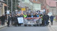 Deutsches Tierschutzbüro: Über hundert Tierschützer demonstrierten vor Nerzfarm in Frankenförde