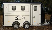 Pferdeanhängertest auf Mit-Pferden-reisen.de: Dreipferdeanhänger Cheval Liberté Minimax