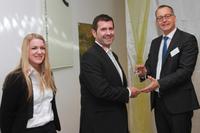 MCD Elektronik mit Supplier Award ausgezeichnet