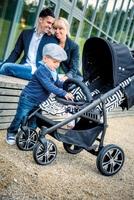 Raffinierte Eyecatcher statt grau-brauner Einheitslook bei Kinderwagen