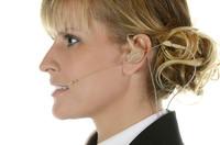 Voice Technologies präsentiert VT DUO auf der ISE 2015: Earhanger-Headset in Zusammenarbeit mit Monitoring-Spezialist InEar