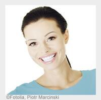 Erste Versicherung für perfekt gepflegte Zähne - inklusive Bleaching