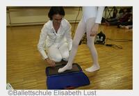 Vorsorgeaktion für gesunde Füße im Tanz sorgte auch an Tanzschulen für Begeisterung