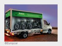Transport-Equipment für Motorräder direkt mit dem LKW mieten