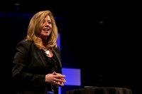 ((Headline))  Dr. Renée Moore als Speakerin bei GEDANKENtanken in Stuttgart