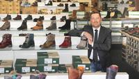schuhplus Schuhe in Übergrößen erweitert Partnerprogramm