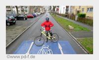 Baden-Württemberg: Zwei-Meter-Regel nun auch in der Stadt