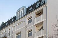 """Eigentumswohnungen Berlin Friedrichshain - """"modern architecture"""" - zwei Drittel platziert"""