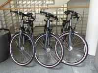 """arvato Financial Solutions weitet Mobilitätsprogramm """"arvato bewegt was"""" auf weitere Standorte aus / Mobil und gesund mit dem Dienst-Bike"""