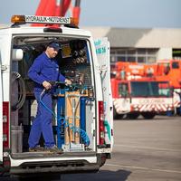 HSR: Sprinter® Hydraulik-Service auf der maintenance in Stuttgart