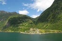 Fjorde, Vulkane und Geysire