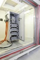Voltavision prüft Li-Ionen Batterien in Raumsystemen von DENIOS