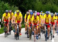 Prominenten Rad-Spendentour kommt nach Eningen