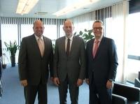 Thüringens Wirtschaftsminister Wolfgang Tiefensee lädt ein