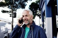 Drahtlose Telefonlösungen von Phonak: Stressfrei zu Hause und unterwegs telefonieren